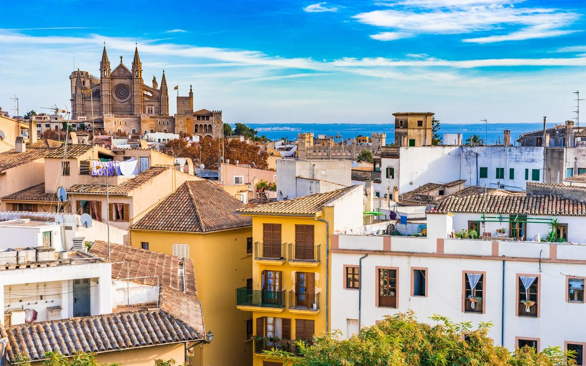 Mallorca on foot: discover the largest island of the Balearic Islands